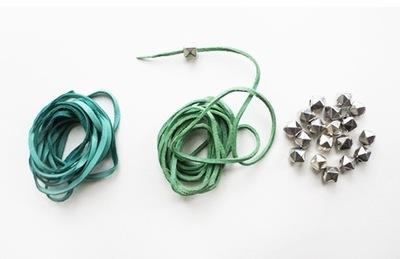 How to braid a braided bead bracelet. Ombre Wrap Abacus Bracelets - Step 1