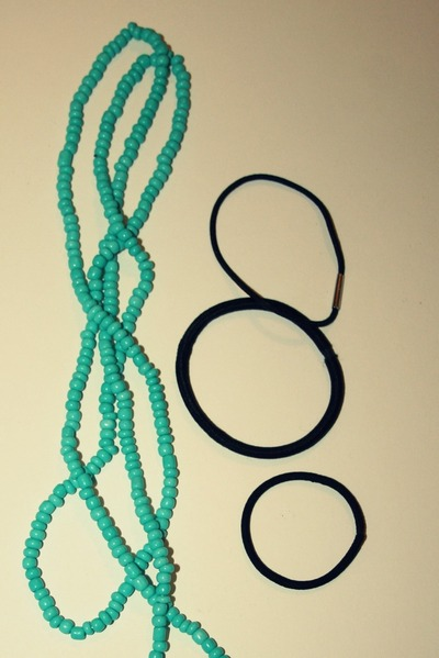 How to make a recycled headband. Super Fast Necklace To Headband Diy   - Step 2