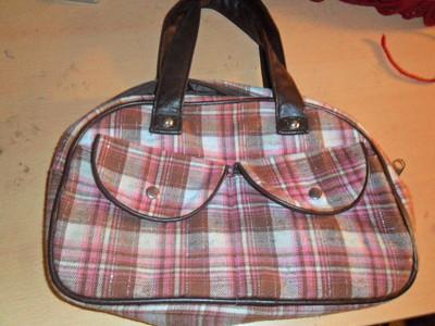 How to make a handbag. From A Boob Purse To An Owl:P - Step 1