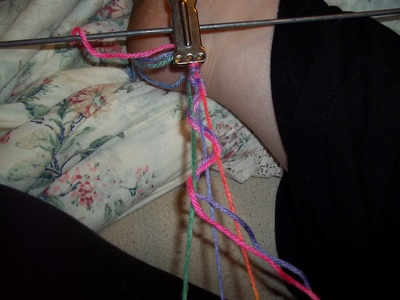 How to make a braided yarn bracelet. Woven Yarn Bracelet   Rainbow - Step 7