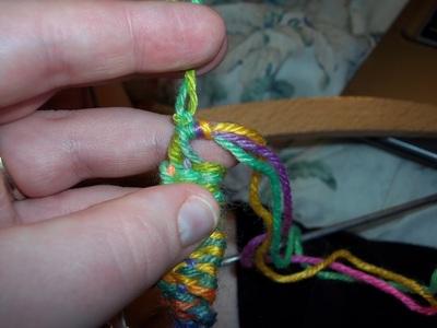 How to make a braided yarn bracelet. Woven Yarn Bracelet   Rainbow - Step 12