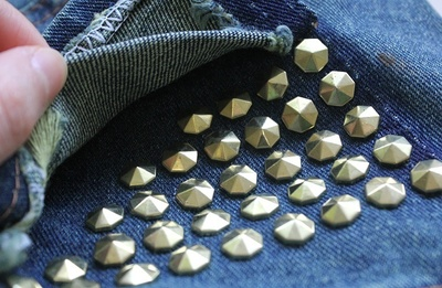 How to make shorts. Stud Poin Pants - Step 7