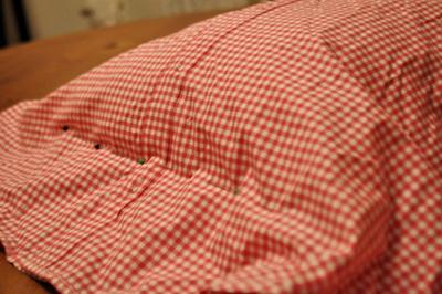 How to make a recycled cushion. Create Pillows From Daddy's Old Shirts - Step 3