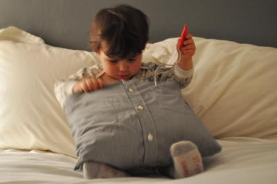 How to make a recycled cushion. Create Pillows From Daddy's Old Shirts - Step 6