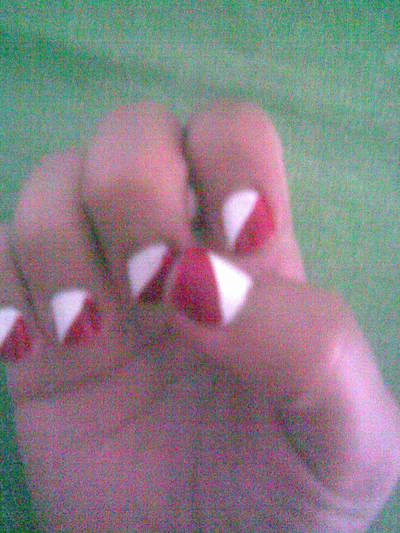 How to paint patterned nail art. Nails To Impress - Step 4