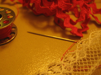 How to make a lace hair bow. Lovely Rose And Lace Hairpin - Step 1