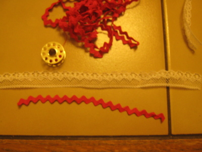 How to make a lace hair bow. Lovely Rose And Lace Hairpin - Step 2