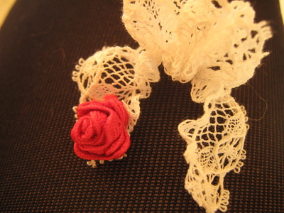How to make a lace hair bow. Lovely Rose And Lace Hairpin - Step 11