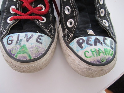 How to make a pair of embellished shoes. Studded Converse - Step 1