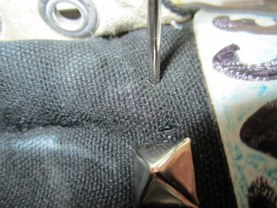 How to make a pair of embellished shoes. Studded Converse - Step 3