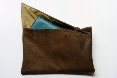 How to make a leather clutch. Leather Clutch - Step 9