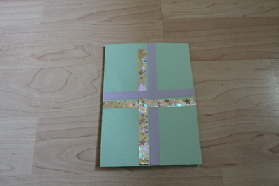 How to embellish a bow card. Birthday Card (With The Present!) - Step 3