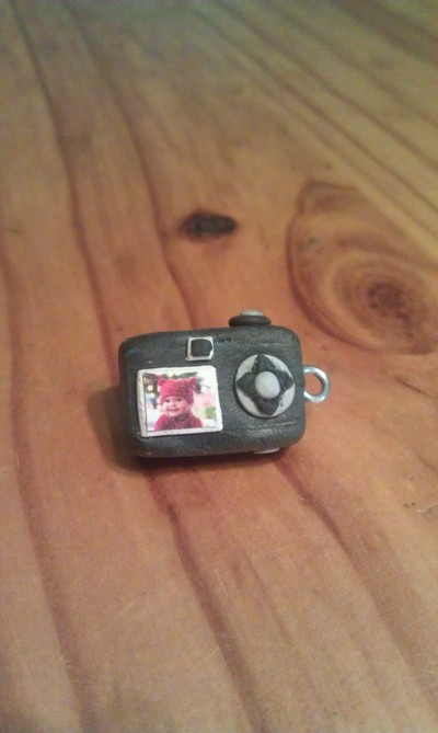 How to mold a clay charm. Mini Polymer Clay Camera Charm... Featuring Your Favourite Photo. - Step 15