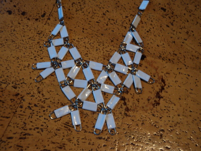 How to make a paperclip necklace. Statement Necklace - Step 12