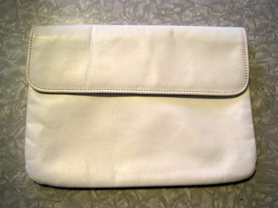 How to make an envelope clutch. Chevron Stripe Painted Clutch - Step 1
