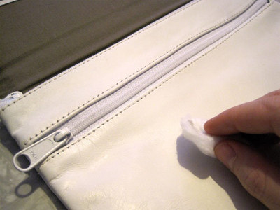 How to make an envelope clutch. Chevron Stripe Painted Clutch - Step 3