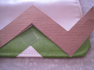 How to make an envelope clutch. Chevron Stripe Painted Clutch - Step 4