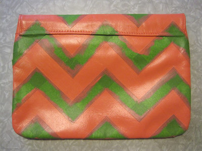 How to make an envelope clutch. Chevron Stripe Painted Clutch - Step 6
