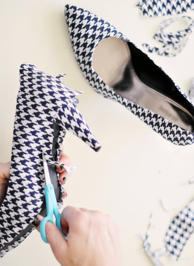 How to make a pair of fabric covered shoes. Houndstooth Shoes  - Step 14