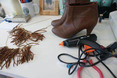 How to make a pair of embellished shoes. Diy Fringe Shoes - Step 1