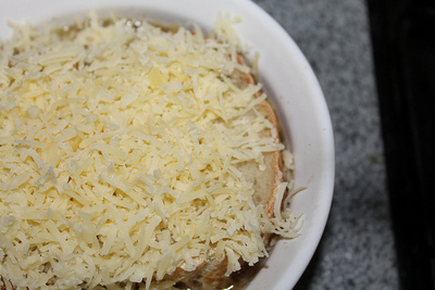 How to cook French onion soup. French Onion Soup - Step 6