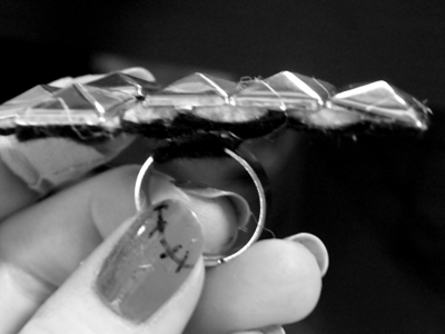 How to make a ring. Inverted Cross Ring - Step 7