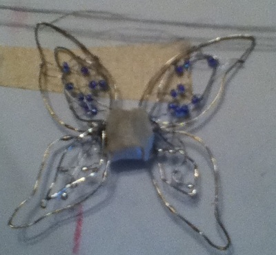 How to make a safety pin brooch. Fairy Wings Pins (Winx Club Enchantix Wings) - Step 5