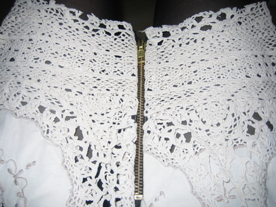 How to recycle a table cloth into a skirt. Lace Skirt Out Of Granny´S Tablecloth - Step 4