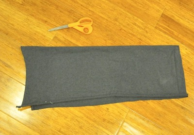 How to make pyjamas / a nightie. It's A Twofer: Comfy Jammie Pants And Jumper For $5.95 - Step 7