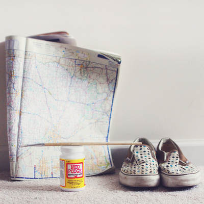 How to make a pair of decoupage shoes. Map Shoes - Step 1