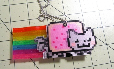 How to make a plastic necklace. Animated GIF Nyan Cat Necklace - Step 18