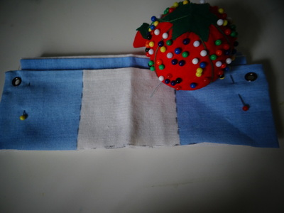 How to make a recycled pouch. Toms Flag Into Wallet - Step 6
