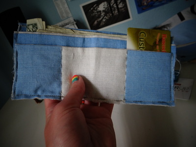 How to make a recycled pouch. Toms Flag Into Wallet - Step 10