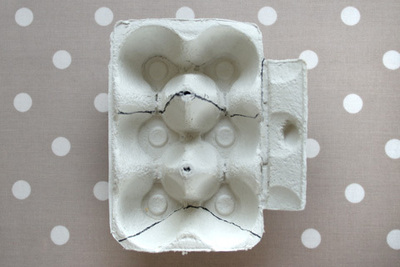 How to make a recycled model. Owls From An Egg Carton - Step 1
