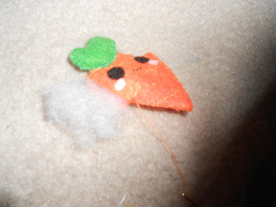 How to sew a vegetable plushie. Carrot Plushie - Step 6