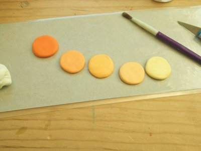 How to sculpt a clay cake. Ombre Polymer Clay Cake - Step 3