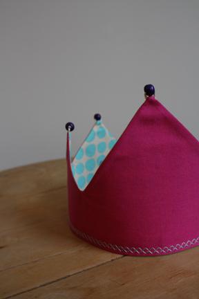 How to make a tiara / crown. Dress Up Crown - Step 5