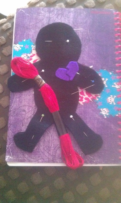 How to make a Doctor Who plushie. Voodoo Doll Pin Cushion - Step 4