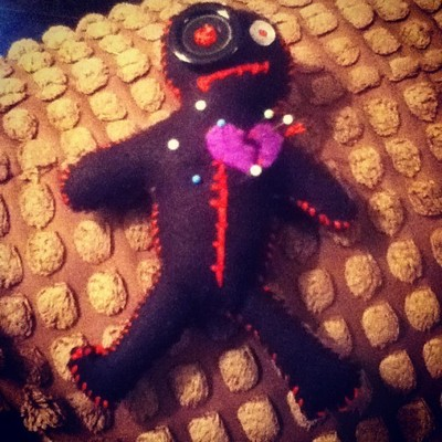 How to make a Doctor Who plushie. Voodoo Doll Pin Cushion - Step 7