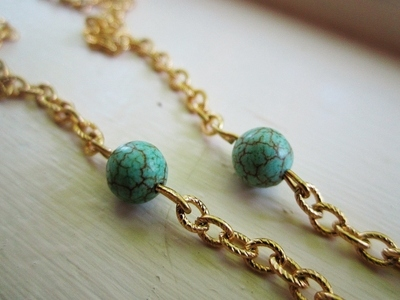 How to make a chain necklace. The Hunter Necklace - Step 4