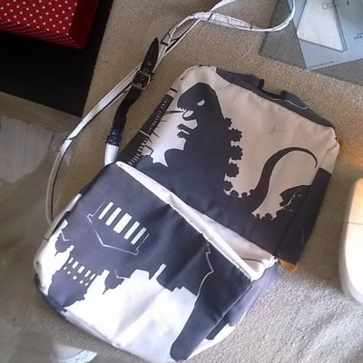 How to make a lunch box. Rigid Manga Bag With Dinosaur - Step 6