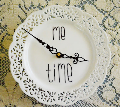How to make a recycled clock. Make A Doily Plate Clock - Step 3