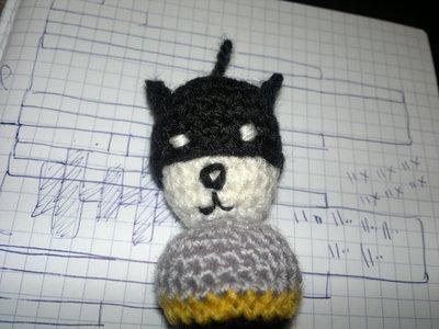 How to stitch a knit or crochet keyring. Batman Bat Keyring - Step 8