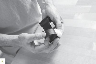How to make a pinhole camera. Matchbox Pinhole Camera - Step 38