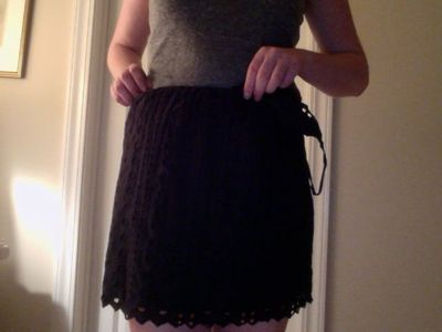 How to recycle a t-shirt skirt. No Sew Shirt To Skirt - Step 3