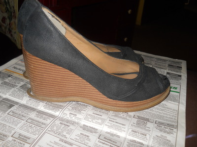 How to paint a pair of painted shoes. Cinderella Wedges - Step 1