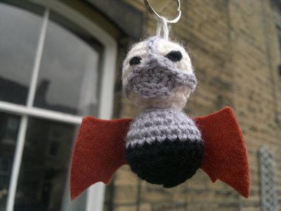 How to stitch a knit or crochet keyring. Bane Bat Keyring - Step 4