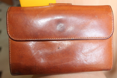 How to sew a leather pouch. Vintage Purse - Step 1