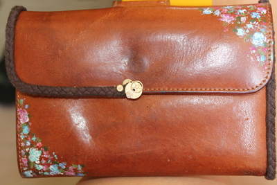 How to sew a leather pouch. Vintage Purse - Step 5