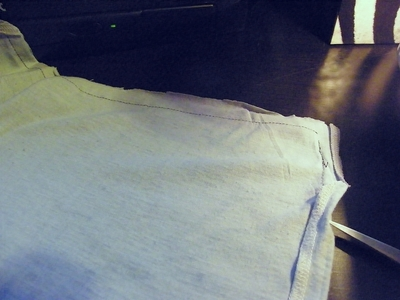 How to make a recycled cushion. Shirt To Cushion Cover - Step 4